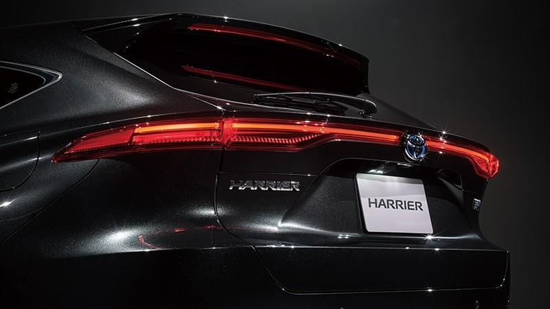 20200617 新型ハリアーテールランプ